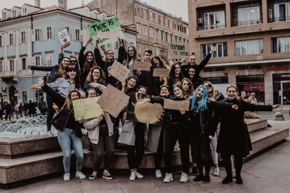 U petak točno u podne  – U Rijeci prosvjed učenika i studenata za klimu!