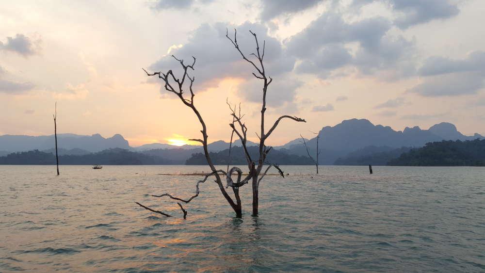 Cheow Lan jezero u suton