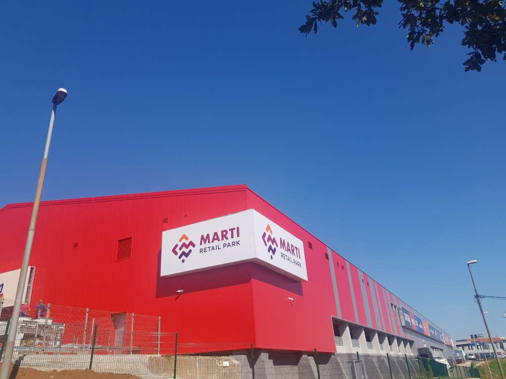 Otvorenje Marti Retail Parka uz brojne popuste, koncert Mie Dimšić i magičnog Andreja Škedela