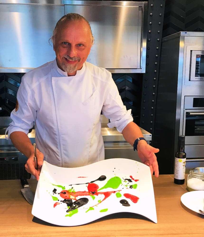 Predstavljanje KeyQ+ Gastro Punkta na 1_katu trznice_chef Deniz Zembo