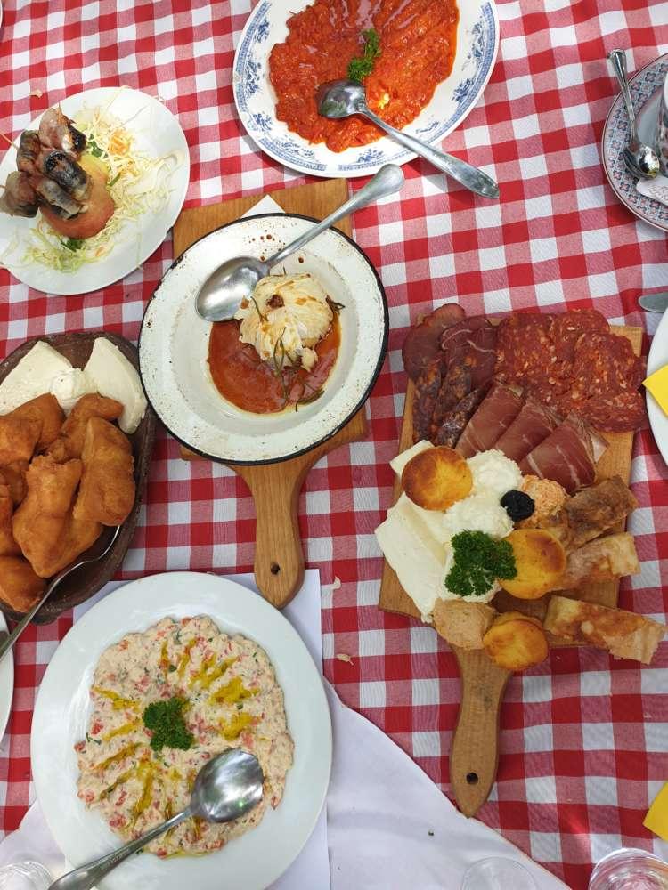 Salaš 137 hrana
