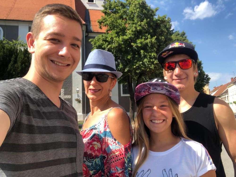 Marinova obitelj