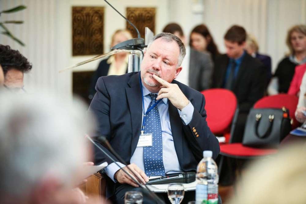 dr. sc. Srđan Šimac, predsjednik Hrvatske udruge za mirenje 3