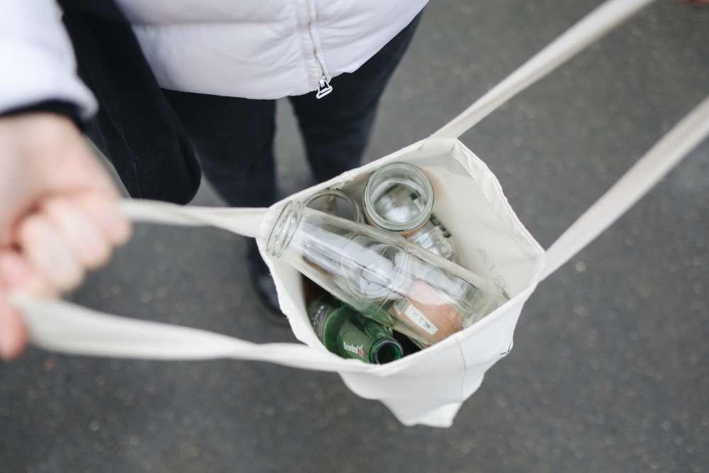 glass-bottles-in-bag-3735218