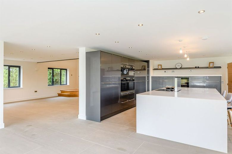 old-shed-to-luxury-home-great-ellingham-photo26-5b06c90e89554__880
