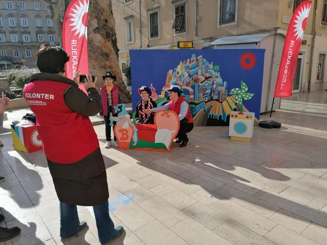 Volonteri_dječja-karnevalska-povorka-640×480