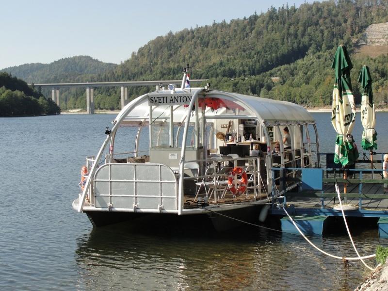 2_Izletnički brod Sv. Anton