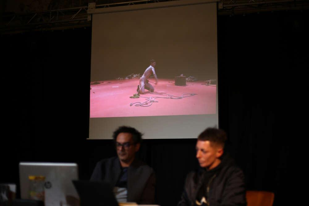 Razgovor s umjetnicom Simone Aughterlony (3)