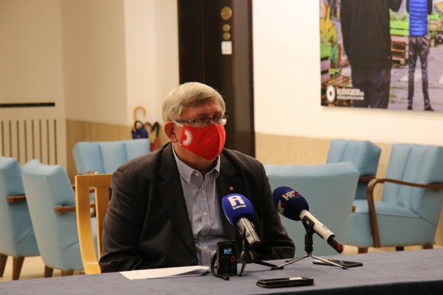 Gradonačelnik Obersnel:  Koronavirus se pojavio u ulozi Grincha i ukrao nam Božić