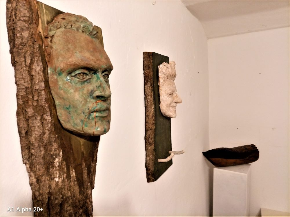 Prednji plan, portreti, Lea Maravić