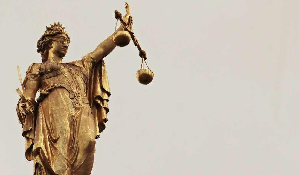 justitia-2597016_1920