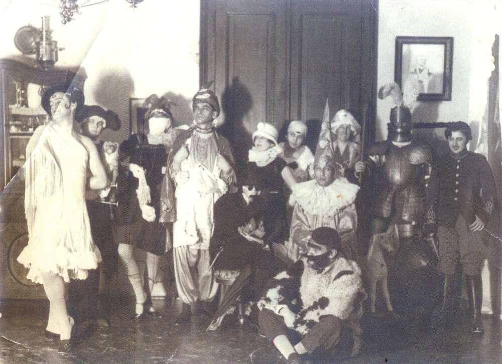 Maskenbal na Sušaku 1920.-ih – Izvor www.lokalpatrioti-rijeka.com