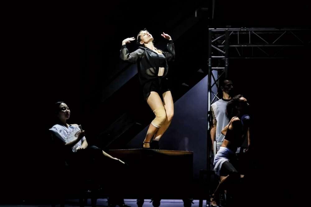 Elena Brumini i članovi baleta