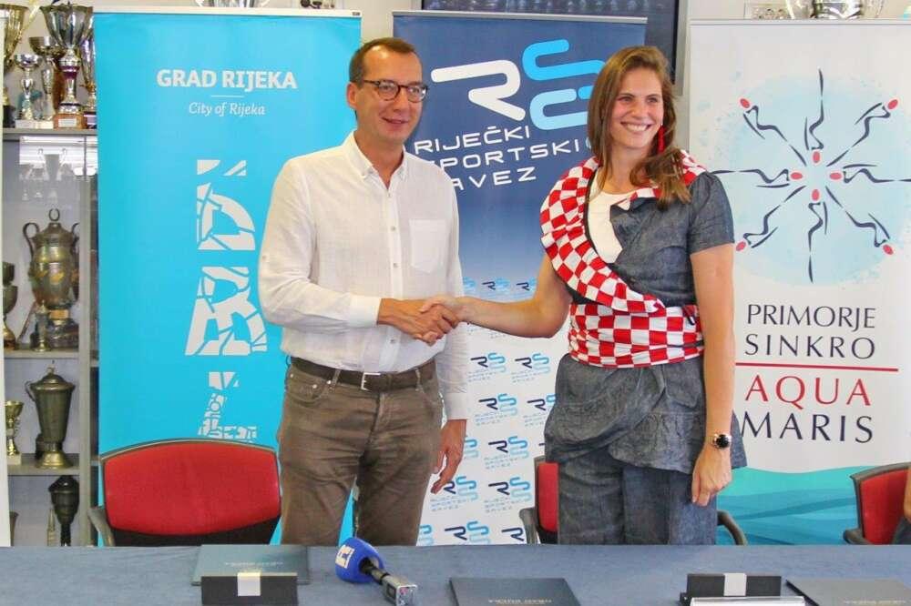 Potpisivanje-Ugovora-o-organizaciji-1.-Europskog-prvenstva-za-juniore-u-sinkro-plivanju-i-Comen-cupa-1